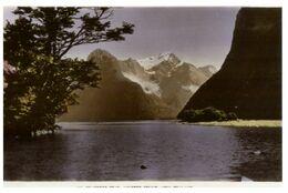 (G 14) New Zealand (older) Pembroke Peak - Milford Sound - Nouvelle-Zélande