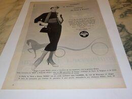 ANCIENNE PUBLICITE TRIOMPHE DE  WEILL  1957 - Vintage Clothes & Linen