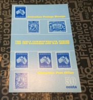 (Book) Australia - The Early Comonwealth Period (22 Cmx 14 Cm - Weight 50 G) - Timbres