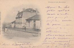 55 - CLERMONT EN ARGONNE - Le Groupe Scolaire - Clermont En Argonne