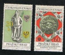 CECOSLOVACCHIA (CZECHOSLOVAKIA) - SG 1740.1741  - 1968  PRAGUE CASTLE (COMPLET SET OF 2) - MINT** - Czechoslovakia
