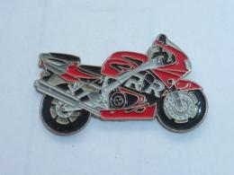 Pin's MOTO 023 - Motorräder