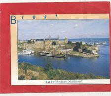 CPM. BREST . LA PREFECTURE MARITIME . CARTE ECRITE AU VERSO LE 16-7-1995 - Brest