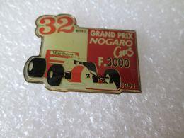 PIN'S   GRAND PRIX NOGARO  FORMULE 3000  MARLBORO - F1