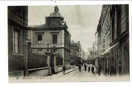 CPA-Carte Postale -France-Roanne- Le Lycée- VM19691 - Roanne