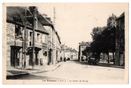 CPA 35 - LA BOUSSAC (Ille Et Vilaine) - Le Centre Du Bourg - France