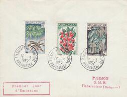 MADAGASCAR FDC 1957 FLEUR ET FRUITS - Madagascar (1889-1960)