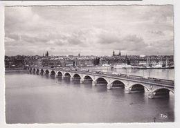 FRANCE - AK 383741 Bordeaux - Le Pont Sur La Garonne - Bordeaux