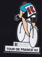 66245- Pin's..Cyclisme.tour De France.Photo.Ricoh. - Ciclismo