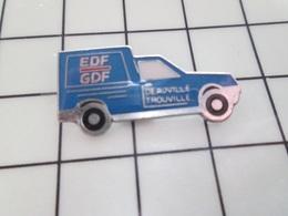 1620 Pin's Pins / Beau Et Rare / THEME : EDF GDF / CAMIONNETTE BLEUE DEAUVILLE TROUVILLE - EDF GDF
