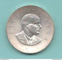 10 Scellini Irlanda 1966 Ireland Eire 10 Shillings - Irland