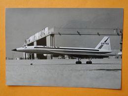 Véritable Photo Presse -- Maquette CONCORDE -- Essai Laboratoire De L'ONERA Sur Maquette En Configuration Atterrissage - Aviation
