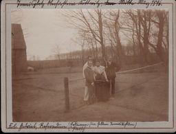 ! 2 Alte Fotos Auf Hartpappe, Photos, Oberförsterei Kottwitz In Schlesien, Tennis, 1896-97, Format 9 X 12 Cm - Schlesien