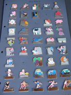 Collection De Pin's Incomplete (68 Pin's Sur77) Avec Plan Sur Papier De La Collection Complete (77 Pin's) - Pins