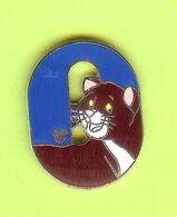 Pin's BD Disney Lettre 'O' O'Malley (Les Aristochats) - 9Y15 - Disney