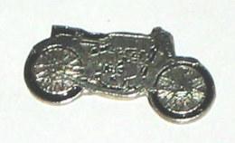 Pin's MOTO 116 - Motorräder