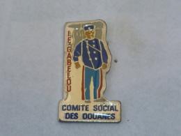 Pin's COMITE SOCIAL DES DOUANES, LE GABELOU - Police
