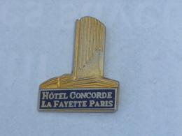 Pin's HOTEL CONCORDE LAFAYETTE, PARIS - Pins