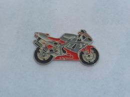 Pin's MOTO 014 - Motorräder
