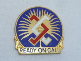 Pin's BLASON READY ON CALL - Ciudades