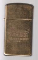 ZIPPO - U.S.S. JOHN F. Kennedy CV-67 - Slim - Solid Brass, Année 1988 (jamais Servi)  SB - 01 - Zippo
