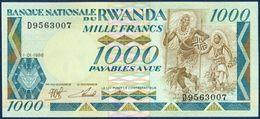 RWANDA 1000 FRANCS P-21a Dancers - Wildlife Gorilla With Baby, Lake 1988 UNC - Rwanda