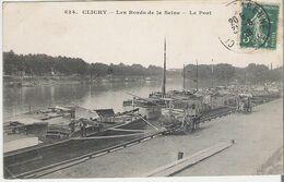 CLICHY - PENICHES. CPA Voyagée En 1908 Bords De Seine Déchargement D'une Péniche - Clichy