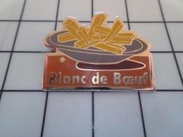 1720 Pin's Pins / Beau Et Rare / THEME : ALIMENTATION / ASSIETTE DE FRITES BLANC DE BOEUF Par MDB - Lebensmittel
