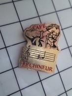 1720 Pin's Pins / Beau Et Rare / THEME : BOISSONS / CAFE LE CHINEUR NOTE DE MUSIQUE PORTEE - Beverages