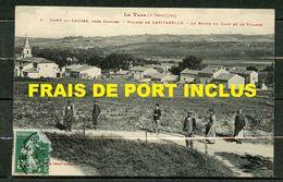 CAMP DU CAUSSE,PRES DE CASTRES N°2 - VILLAGE DE LAVITARELLE - ROUTE DU CAMP ET LE VILLAGE - LE TARN (2eSERIE) - ANIMEE. - Castres