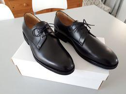 Chaussures Noires En Cuir  Taille : 43 - 8  NEUF    & - Equipement
