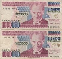 Turquie Turkey : Pair De 2 Billets Jumeaux 1000000 Lirasi (sans Et Avec PUCE?) - Turquie
