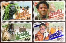 Vanuatu 2001 Traditional Dances MNH - Vanuatu (1980-...)