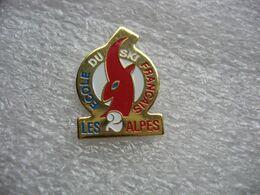 Pin's De L'école Du Ski Francais, Les 2 Alpes - Sport Invernali