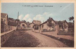 Saint Jean Soleymieux       42       Place Et Vieille Fontaine       (voir Scan) - Saint Jean Soleymieux