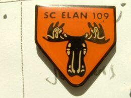 Pin's SPORTING CLUB ELAN 109 - ELANCOURT - 78 YVELINES - Pin's