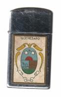 Zippo - Queretaro -  Année 1958 -  SB - 28 ( Vendu Dans L'état, Dos Défoncé ) - Zippo