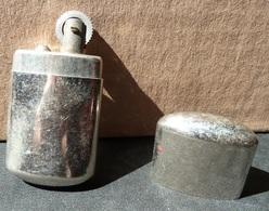 Briquet à Essence - à Remettre Une Mèche Et Une Pierre - Lighters