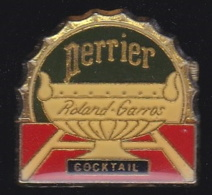 66277-Pin's.Tennis Roland Garros.Perrier. - Tennis