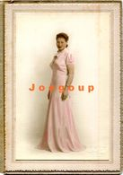 Colored Photo Ylla Portrait Young Woman With Long Dress Buenos Aires Argentina - Anonymous Persons