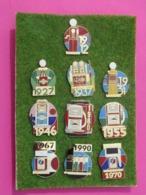 ELF  Collection Complète De 10 Pin's De L'HISTOIRE ELF-ANTAR - Carburants