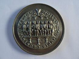 CPA   46 LOT  Grande Médaille 79 Mm LES AMIS DE FIGEAC 1984 - 1994 En étain Poinçon Tete De Chien TBE - Francia