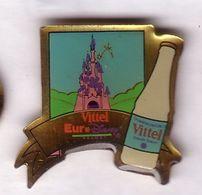 F169 Pin's Disney Euro Château Sponsor Vittel Vosges Nestlé Achat Immédiat - Disney