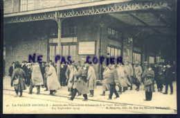 La Pallice Rochelle Arrivee Des Prisonniers Allemands A La Gare Maritime - La Rochelle