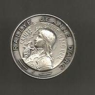 Médaille , Insigne , Religion , Sports , RALLYE JEANNE D'ARC ,2 Scans - Religion & Esotérisme