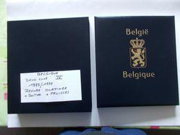 BELGIQUE -  DAVO Luxe   Album IV  RELIURE  Ouatinnée + BOITIER  + Contenant Feuilles De L'année 1985 A 1994 - Bindwerk Met Pagina's