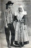 CPA - Mariés De Plougastel-Doualas - - Costumes