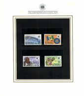 (special) The Commonwealth Collection - Mint Stamps / Timbres Neuf (size 24 X 26cm) St Vincent Grenadines - History