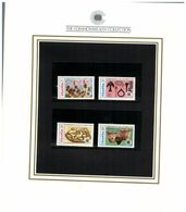 (special) The Commonwealth Collection - Mint Stamps / Timbres Neuf (size 24 X 26cm) Uganda - History