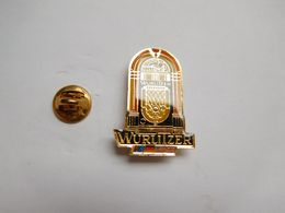 Superbe Pin's , Musique , Jukebox Wurlitzer - Musik